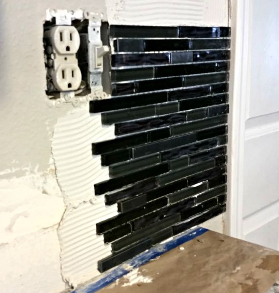 How To Install A Glass Tile Backsplash