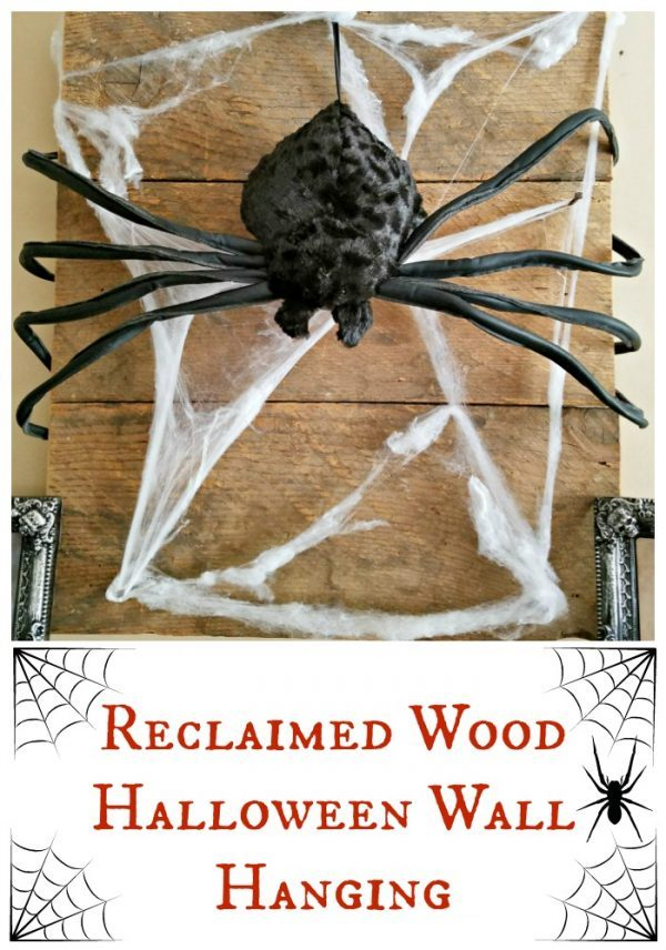 Reclaimed Wood Halloween Wall Hanging - make the reclaimed wood wall hanging and reuse it and change up the decor for every holiday!